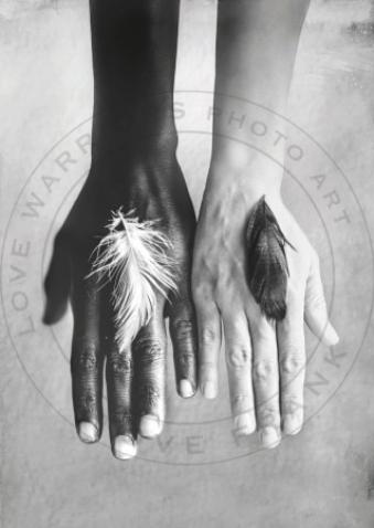 LOVE WARRIORS - FIDELITY SMALL, 30×40 CM, FINE ART PAPER