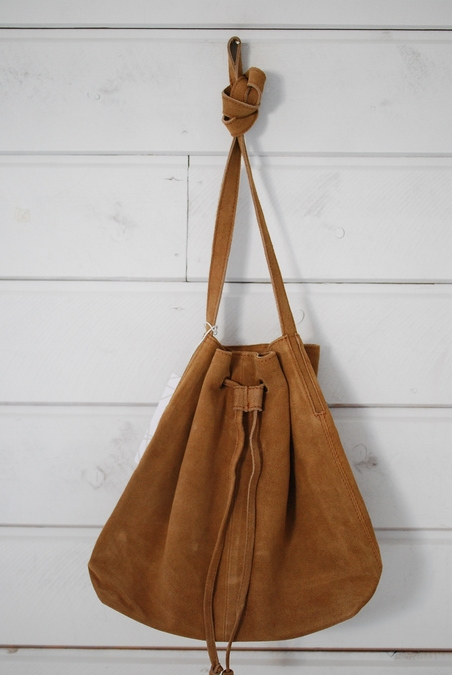 TELL ME MORE - BOHO BAG - TAN