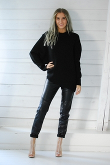 FREE PEOPLE - DOWNTOWN PULLOVER - BLACK