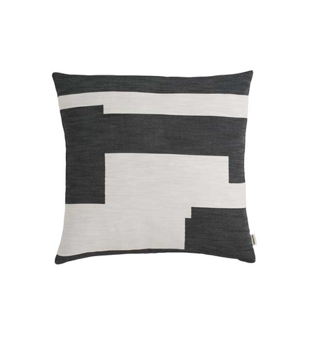 NEW WORKS/ MARLENE BIRGER - GRAPHIC CUSHION - SVART  LITEN