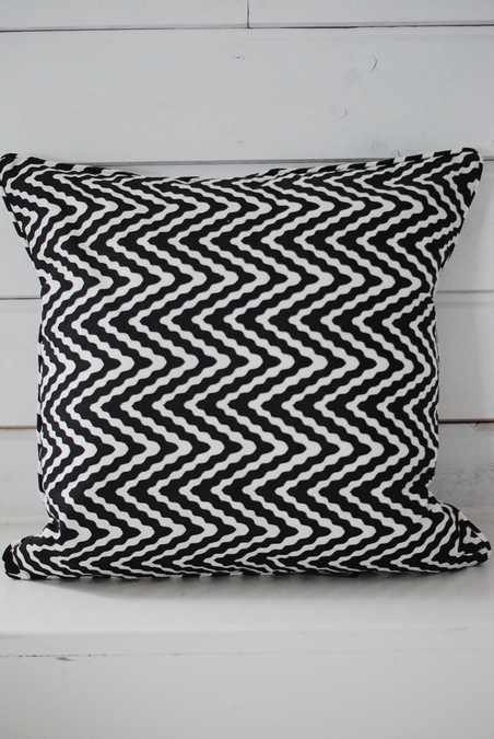 DAY HOME - SWELL - CUSHION COVER