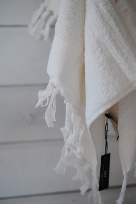 DAY HOME - FRINGE TERRY TOWEL - WHITE