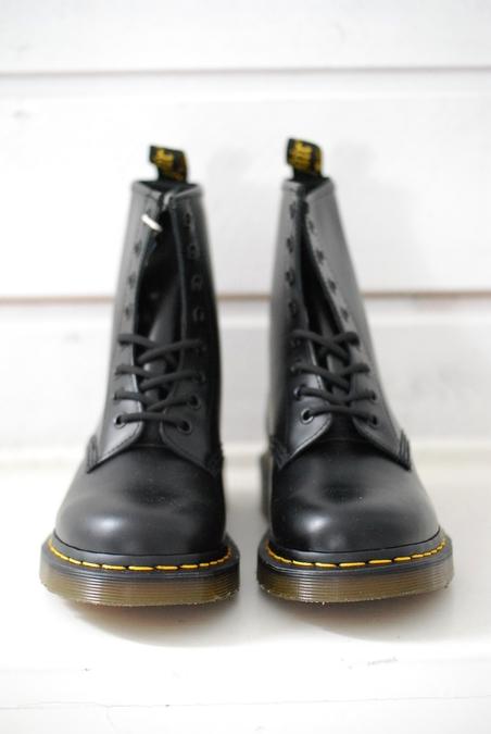 DR MARTENS - 1460 - BLACK