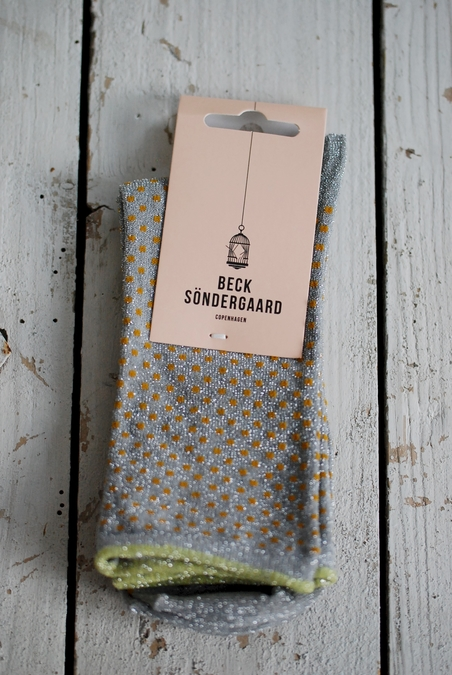 BECK SÖNDERGAARD - DINA SMALL DOTS - HONEY GREY