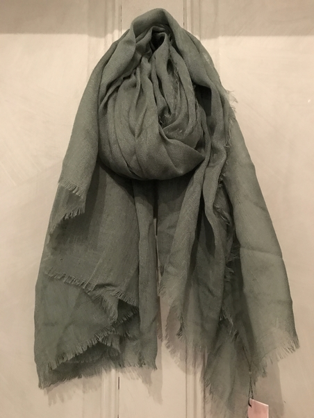UNMADE - WOOL SCARF - GREEN