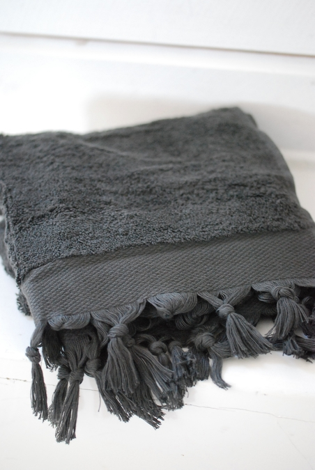 DAY HOME - FRINGE TERRY TOWEL - UNBLACK