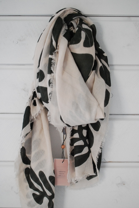 UNMADE - CAVE PRINT SCARF
