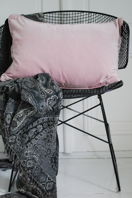 LINUM - VELVETCUSHION 40x60 - DUSTY ROSE