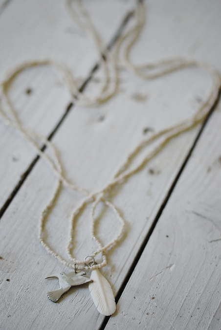 LOVE WARRIORS - WHITE FEATHER NECKLACE