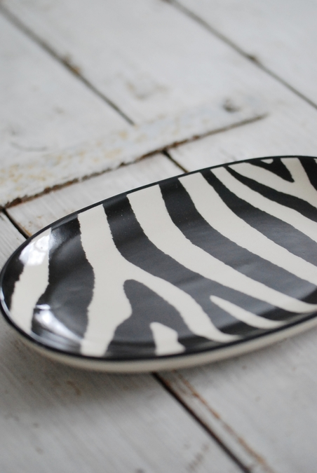 DAY HOME - ZEBRA OVAL DISH